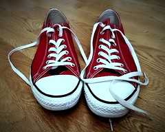 """Der Turnschuh. Die Turnschuhe. • <a style=""""font-size:0.8em;"""" href=""""http://www.flickr.com/photos/42554185@N00/19461305204/"""" target=""""_blank"""">View on Flickr</a>"""