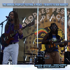 """Festival4Peace DE • <a style=""""font-size:0.8em;"""" href=""""http://www.flickr.com/photos/92212223@N07/20267177216/"""" target=""""_blank"""">View on Flickr</a>"""