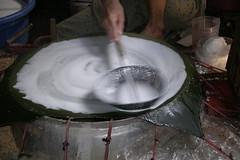 making rice paper - 1