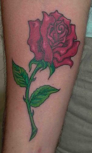 Tatuaje Rosa Pupa Tattoo Granada by Marzia Tattoo