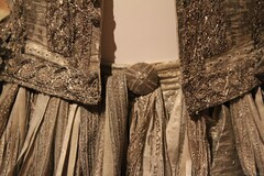 1665 silver tissue doublet and trunk hose 10