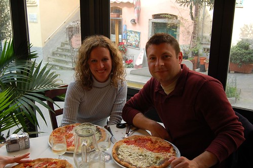 Pizza in Riomaggiore - five years after our first taste