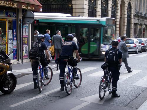Кличко передал патрульным полицейским Киева 100 велосипедов. Цена проекта - 40 тысяч евро - Цензор.НЕТ 943