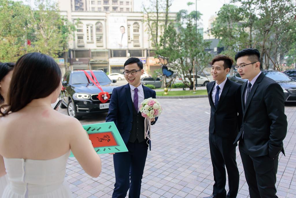 Wedding day-0023 ,僑園婚攝,台中僑園,僑園婚宴,新秘Alice ,婚攝小勇,台北婚攝, 小淑造型團隊
