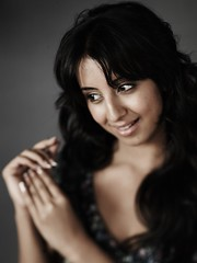 South Actress SANJJANAA Unedited Hot Exclusive Sexy Photos Set-15 (20)