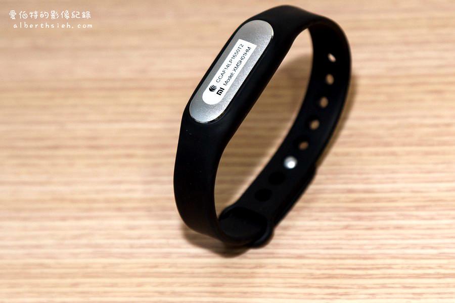 小米.小米手環(可以偵測步數睡眠品質的高CP值運動手環) - 愛伯特吃喝玩樂全記錄