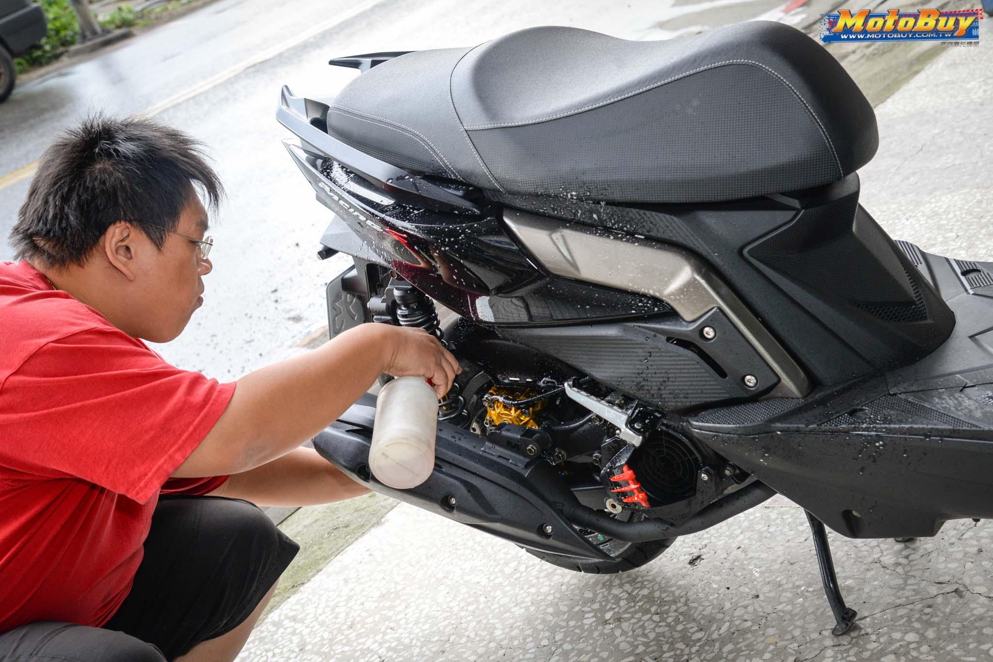 [DIY分享] 如何自助洗車!?達人解說!- PCB車輛美容 x RacingS | MotoBuy