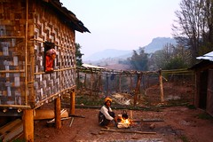 Burmese' Dawn - François VIOUD