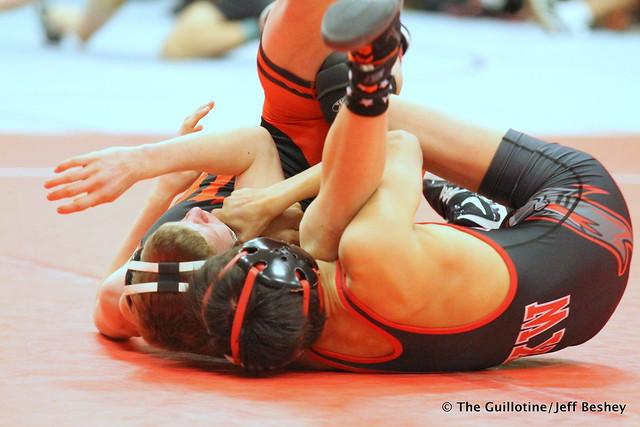 113 - Jeron Matson (Kenyon-Wanamingo ) over Zeke Hulet (Washington) Fall 0:32