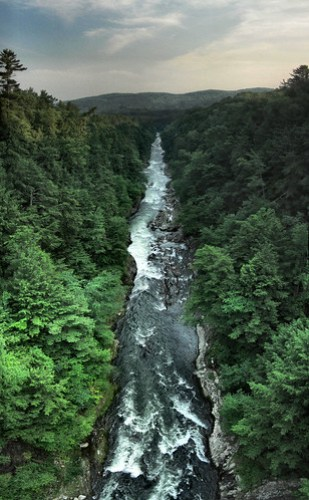 Quechee Gorge by striatic