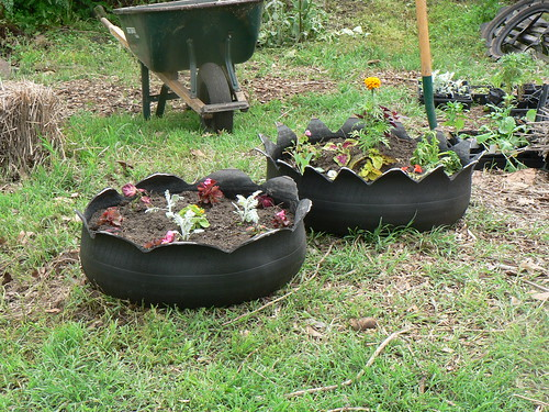 10 Ideas For Recycled Garden Planters On The Cheap RecycleScene