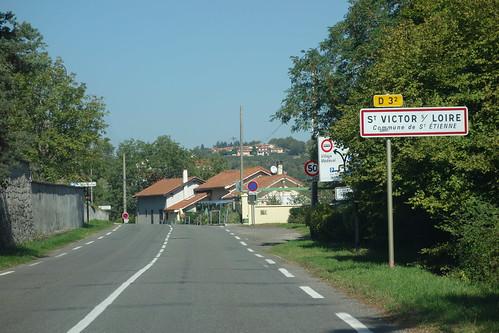Rencontre l'après-midi avec les enfants de St Victor sur Loire.