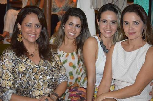 Claudinha França, Lívia Sá, Thaian e Simone Chagas