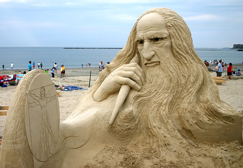 Da Vinci Sand Sculpture