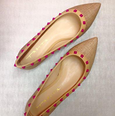 Valentino inspired na palha e spikes pink diva