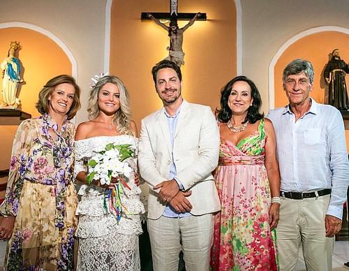 Gloria Guimarães, Fernanda Guimarães, Leonardo Pozzi, Nelia Pozzi e Dante Pozzi