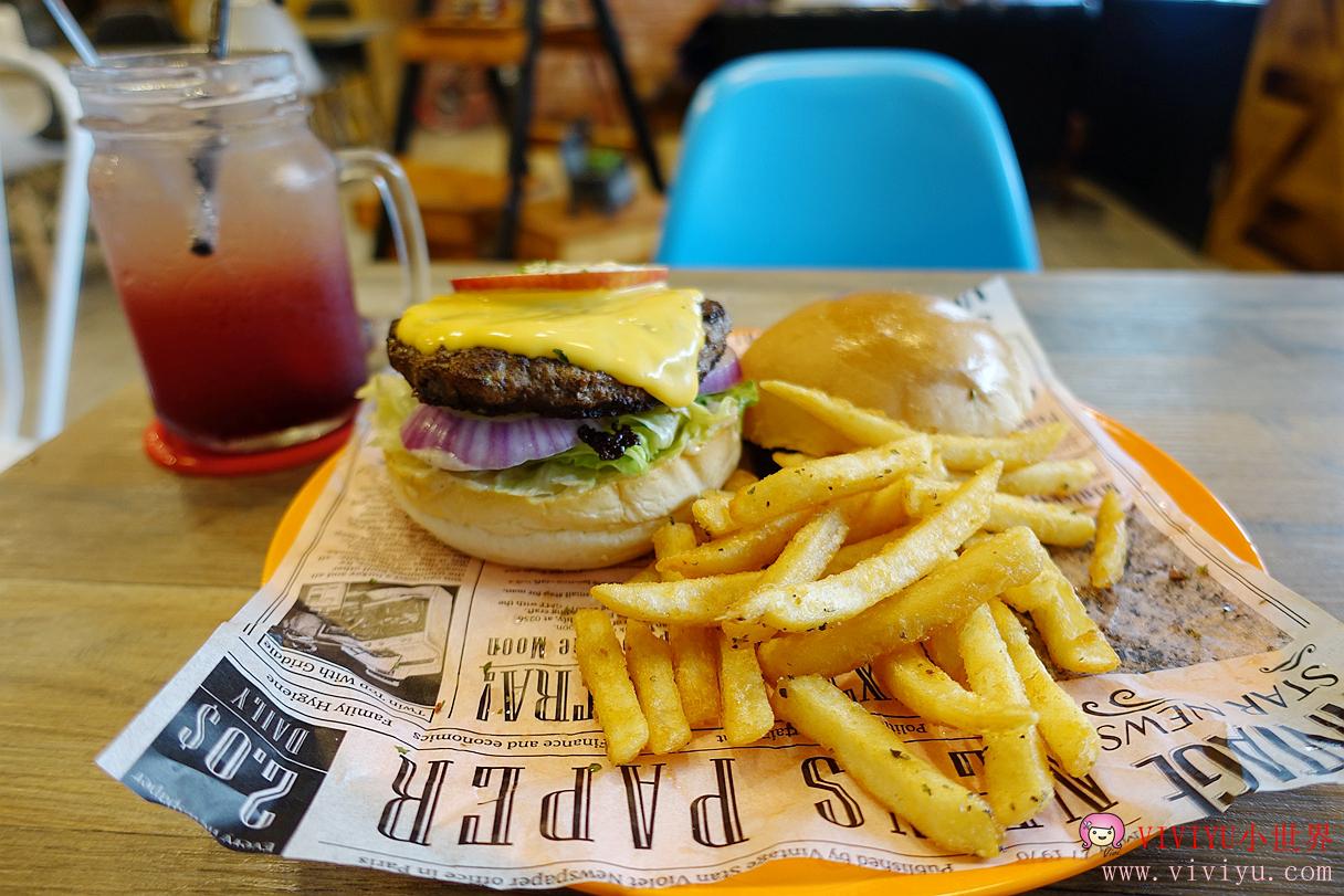 [八德.美食]THE BurgeR HousE.美式漢堡&蛋捲專賣店~桃園早午餐、夢幻汽泡飲 @VIVIYU小世界