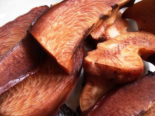 beefsteak mushroom slices
