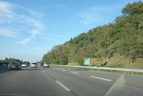 Nous nous engageons dans la vallée de la Drôme