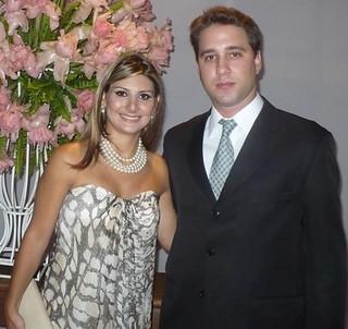 Os recém casados Marcela Bouzada e Bernardo Paiva