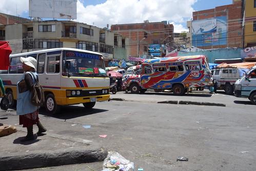 Chaque microbus a son itinéraire dans la ville, indiquée par des pancartes sur le pare-brise