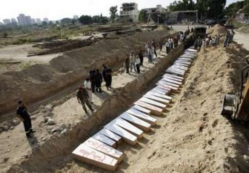 mass grave2 Lebanon 2006 AP photo