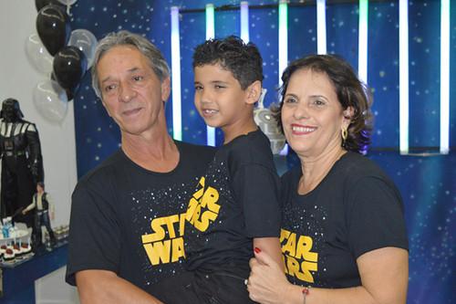 Jhon com os padrinhos Peter e Zanza