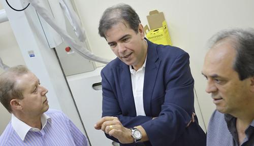 José Maria Facundes, Mauro Oscar Lima e Luciano Araújo - Instalações da Unidade de Oncologia do Hospital Márcio Cunha - Foto Emmanuel Franco  (4)