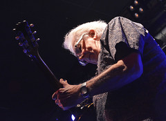 "John Mayall • <a style=""font-size:0.8em;"" href=""http://www.flickr.com/photos/10290099@N07/33019431746/"" target=""_blank"">View on Flickr</a>"