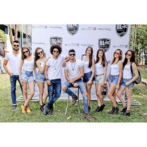 A equipe de modelos da Agência OZ
