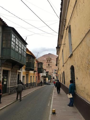 À leur arrivée, les espagnols ont essayé de convertir les boliviens au christianisme.