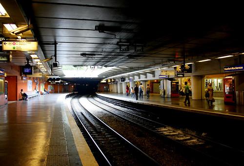 metro by roboppy, on Flickr