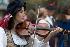 "CRW_4308: Fiddler • <a style=""font-size:0.8em;"" href=""http://www.flickr.com/photos/54494252@N00/8920354/"" target=""_blank"">View on Flickr</a>"