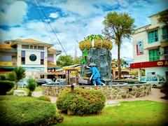 Pekan Bau, 94000 Bau, Sarawak https://goo.gl/maps/VghMQGV7EhD2   #travel #holiday #Asian #Malaysia #Sarawak #Kuching #travelMalaysia #holidayMalaysia #旅行 #度假 #亚洲 #马来西亚 #沙拉越 #古晋 #trip #马来西亚旅行 #traveling #马来西亚度假  #tree #bau #花草树木 #flower #grass #石隆门
