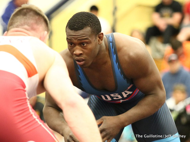 97kg: Austin Schafer (NYAC) vs Kyven Gadson (Sunkist Kids). 180520AJF0246