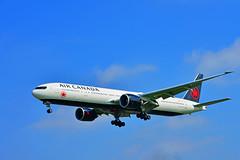 AIR CANADA BOEING 777 - 333(ER)