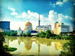 Jambatan Kota, Jalan Jambatan Kota, 41300 Klang, Selangor https://goo.gl/maps/HpFcdyroZKN2  #travel #holiday #Asian #Malaysia #Selangor #Klang #travelMalaysia #holidayMalaysia #旅行 #度假 #亚洲 #马来西亚 #雪兰莪 #trip #traveling #马来西亚度假 #巴生 #清真寺 #masjid #mosque #river
