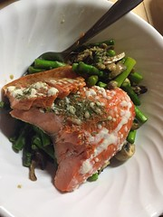 Baked salmon with asparagus stir fry #naturallyglutenfree #glutenfree #paleo