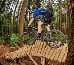 Riding the AMMOLITE 120 in a different country on challenging trails. Vancouver's North Shore is well known for the wooden ladder bridges. It is much fun to ride them. Just don't fall. 😁🚲 The AMMOLITE is our new XC R.A.M. fully mountain bike (ri
