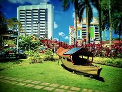 Kuching, Sarawak https://goo.gl/maps/Am7fUsj6yi42  #travel #holiday #river #Asian #Malaysia #Sarawak #Kuching #travelMalaysia #holidayMalaysia #旅行 #度假 #亚洲 #马来西亚 #沙拉越 #古晋 #trip #马来西亚旅行 #traveling #马来西亚度假 #buildings #gardan #公园 #Kuchingwaterfront #grass #bo
