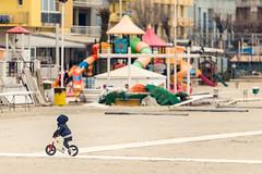 ... e davanti a bivi più o meno importanti sappiamo che il divertimento è il viaggio, non la meta. (Rimini, marzo 2018)