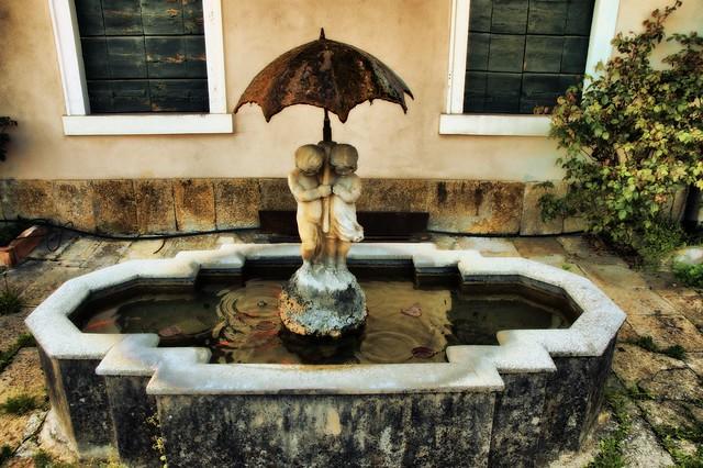 Antica fontanella dei fanciulli