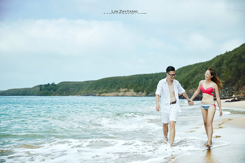 Pre-Wedding [ 離島&墾丁婚紗 - 海邊岩石草原系列婚紗 ] 婚紗影像