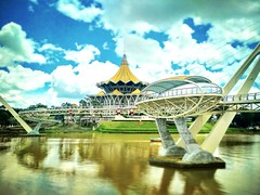 Batu Jetty 93000 Kuching, Sarawak https://goo.gl/maps/tnCFtd2bv4p  #travel #holiday #Asian #Malaysia #Sarawak #Kuching #travelMalaysia #holidayMalaysia #旅行 #度假 #亚洲 #马来西亚 #沙拉越 #古晋 #trip #马来西亚旅行 #traveling #马来西亚度假 #building #建筑物 #bridge #桥 #river #河