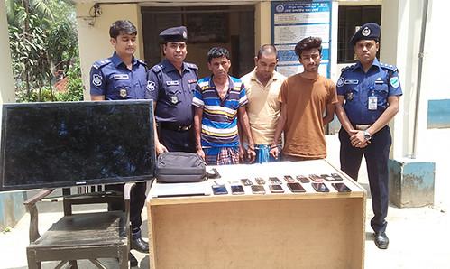 Gazipur-(1)- 19 April 2018-Decoit Arrest In SRP
