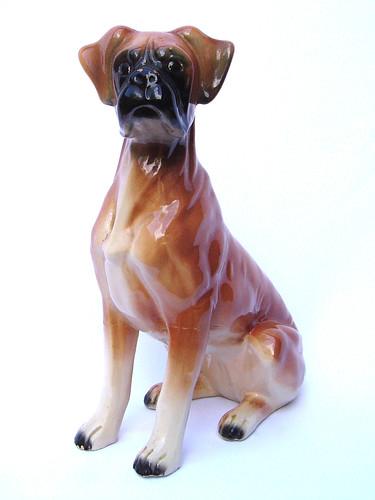 Hond (boxer) gekleurd, 27,3 cm