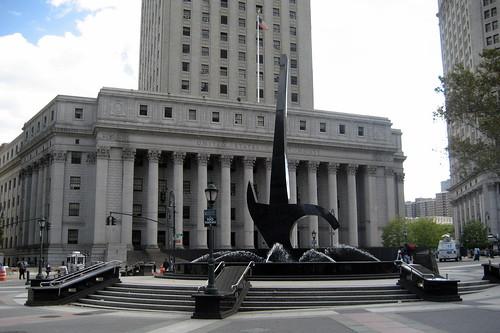 Le lieu du drame : le tribunal fédéral de lEtat de New York. (NYC : US Courthouse. Par Wallyg. CC-BY-NC-ND. Source : FlickR)
