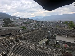 Lijiang - Blick über die Dächer