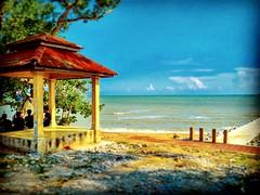 Kuala Sungai Baru, Malacca https://goo.gl/maps/uwrsFiYFFZU2  #travel #holiday #Asian #Malaysia #Malacca #travelMalaysia #holidayMalaysia #旅行 #度假 #亚洲 #马来西亚 #马六甲 #melaka #trip #traveling #beach #海滩 #pantai #bluesky #outdoor #kampung #旅游景点 #蓝天 #countryside #