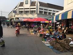 Strassenmarkt in Chiang Kham